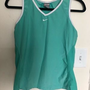 Women's Nike Dry Fit sport top with panels Medium